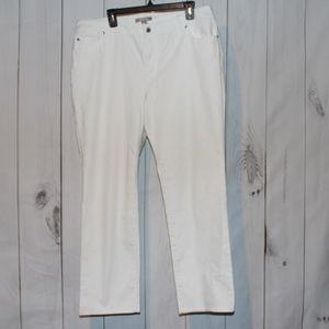 Chico's White denim pants 16 short